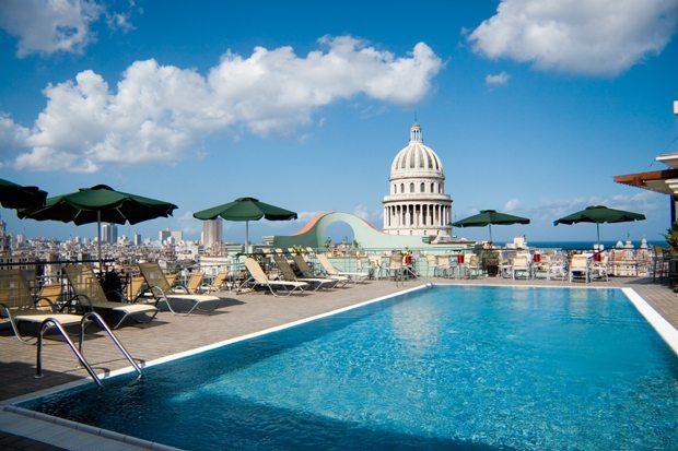 Saratoga-Hotel-Havana-roof-top-swimming-pool
