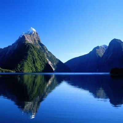 Mitre_Peak_Fiordland