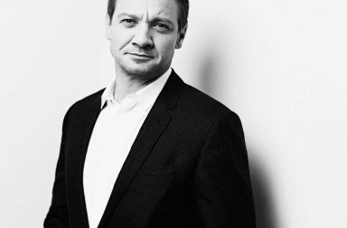 LONDON, ENGLAND - OCTOBER 11:  (EDITORS NOTE: This image has been digitally retouched) Jeremy Renner is photographed during the 60th BFI London Film Festival at The Corinthia Hotel on October 11, 2016 in London, England.  (Photo by Gareth Cattermole/Getty Images for BFI)