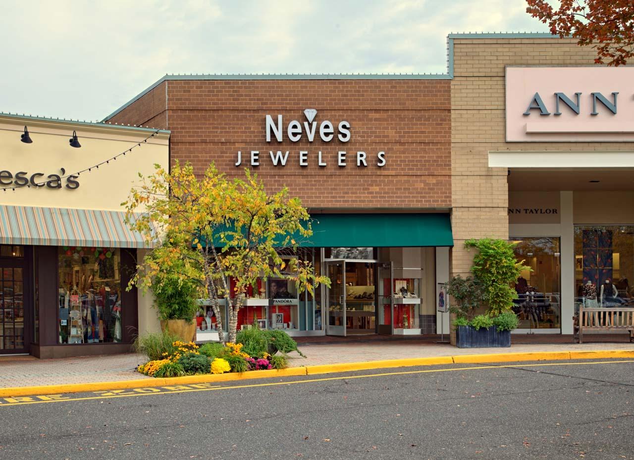 neves-jewelers_11_3_2016_001