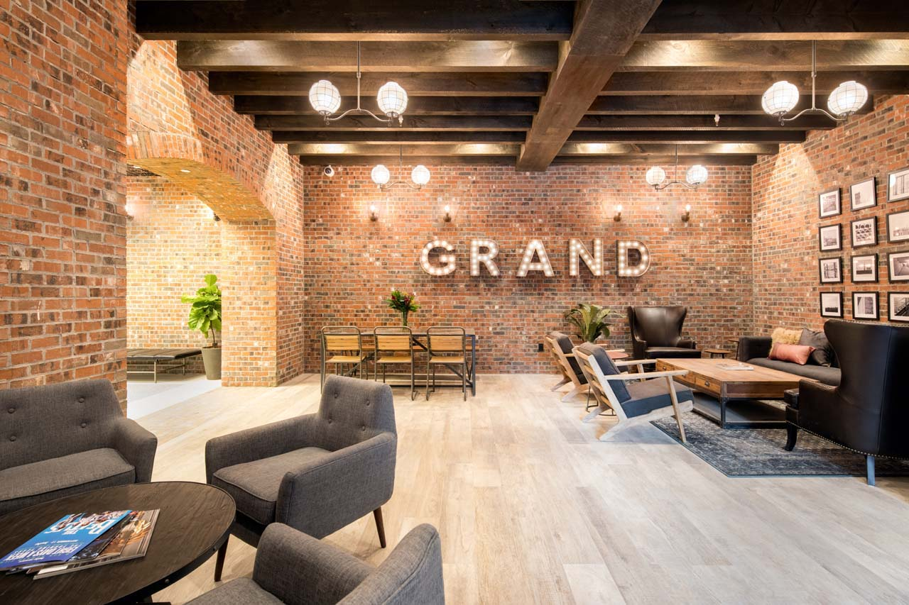 774_Grand_The_Brooklyn_Grand_lobby-1