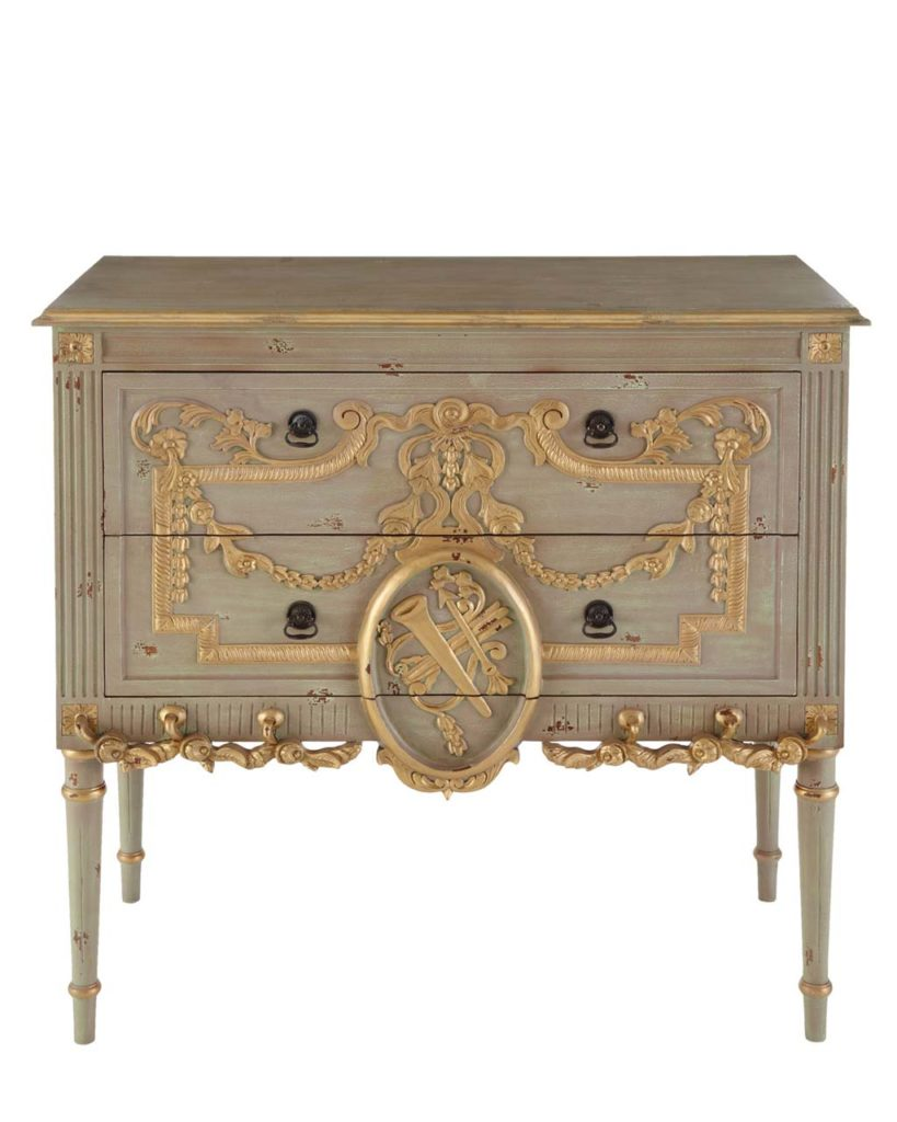 Belvedere Chest