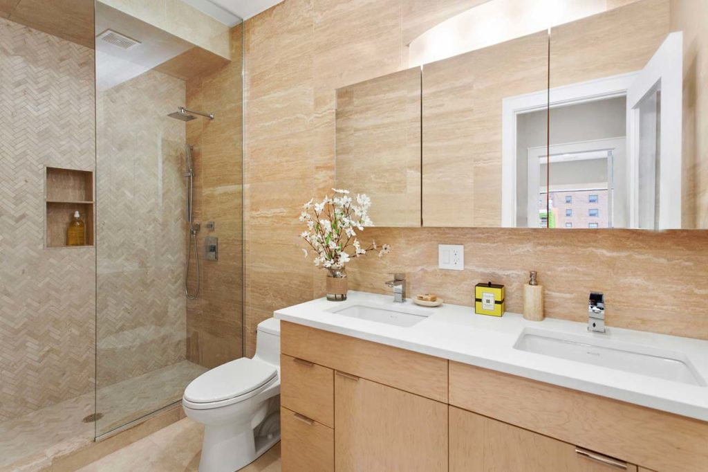 411_DeGraw_Master Bath_HI RES