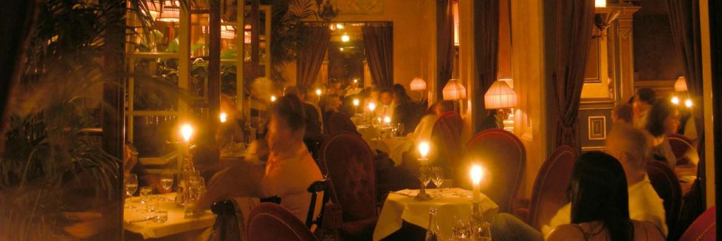DINE AND DRINK-Costes Hotel Bar