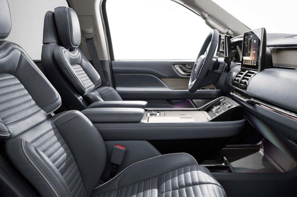 2018-Lincoln-Navigator-front-interior-seats