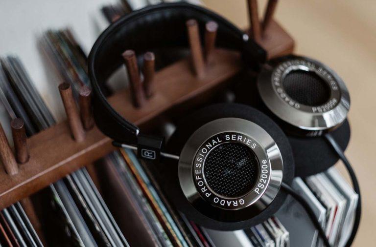 grado, grado labs, grado headphones, sunset park, brooklyn, handmade, hand-built, brooklyn headphone company, smoked chrome, black chrome, flagship, vinyl rack, ps2000e