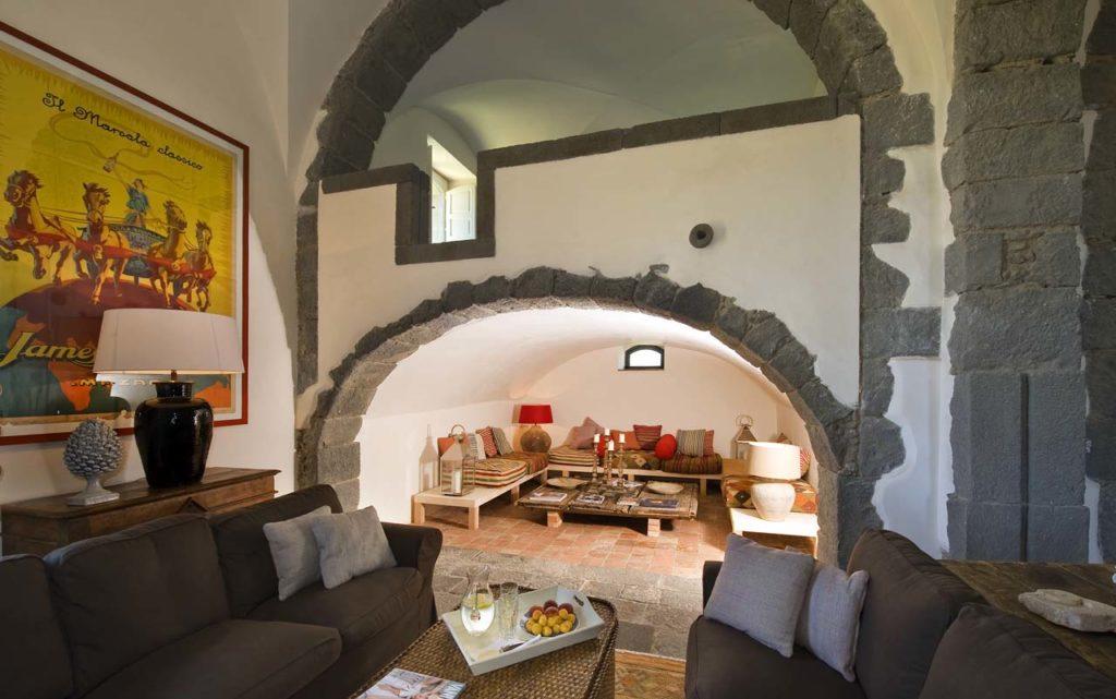 Think Sicily Rocca delle Tre Contrade living room_copyright Moreno Maggi