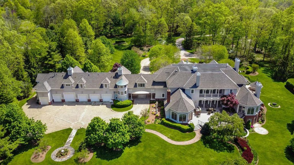 116 Meeker Road, Basking Ridge