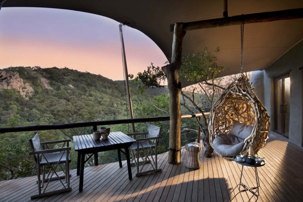 Guest-area-views-at-Phinda-Rock-Lodge (1)