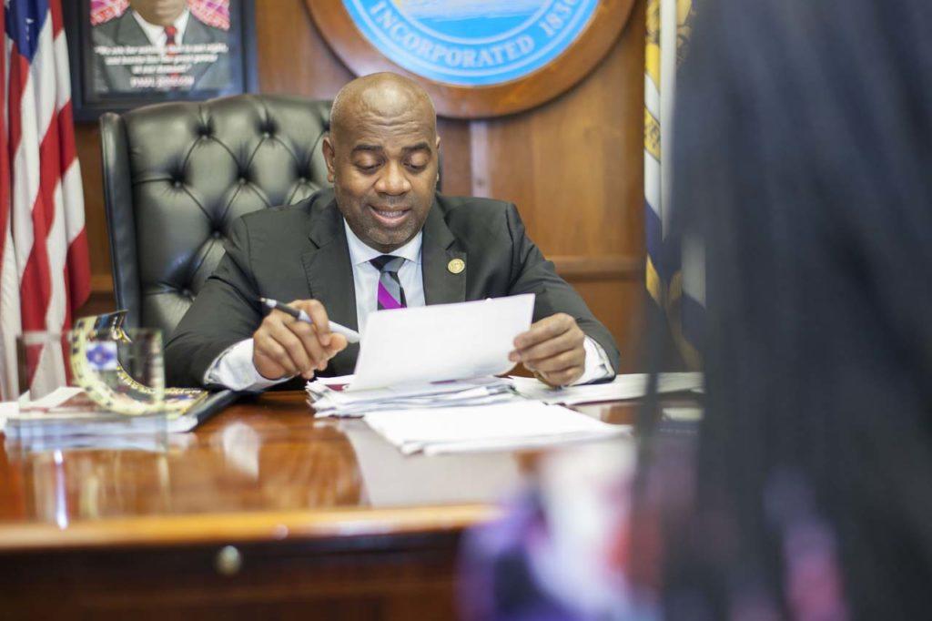 Final Ras Baraka_Newark Mayor__003