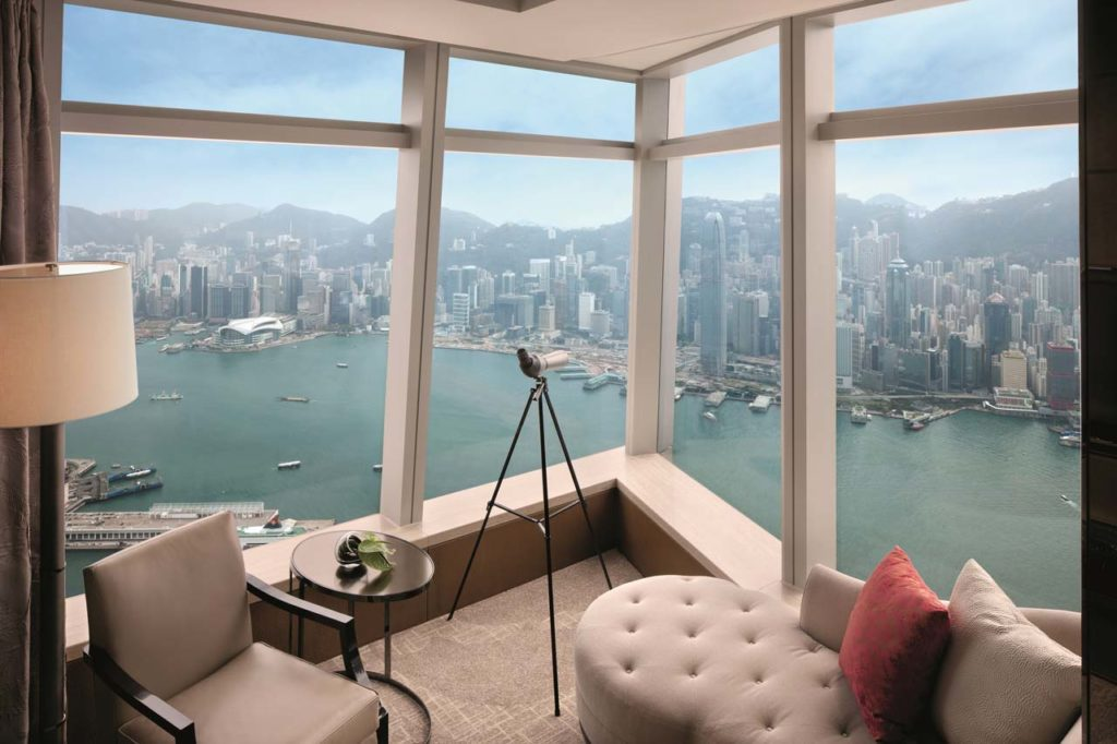 WHERE TO STAY - Ritz Carlton - Deluxe Victoria Harbour Suite - with view of harbour
