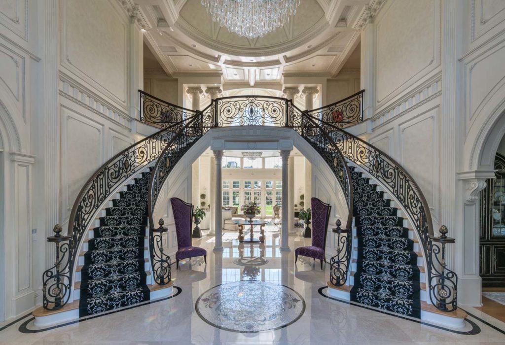 Kwon Foyer