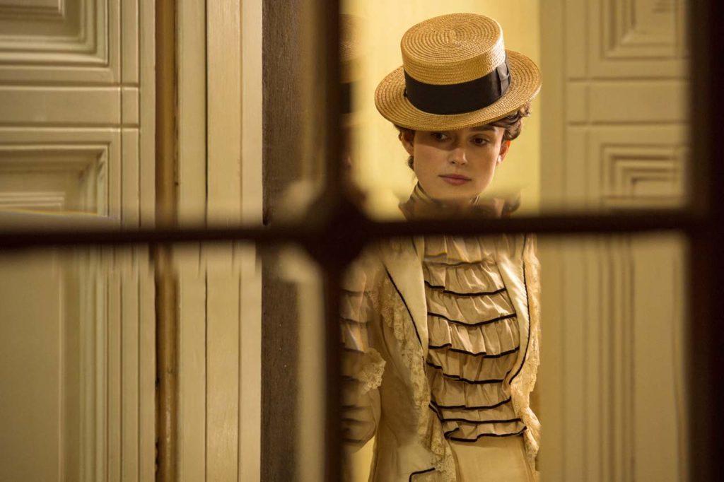 2114_COLETTE_R_CROP Keira Knightley stars as Colette in COLETTE, a Bleecker Street release. Credit: Robert Viglasky / Bleecker Street