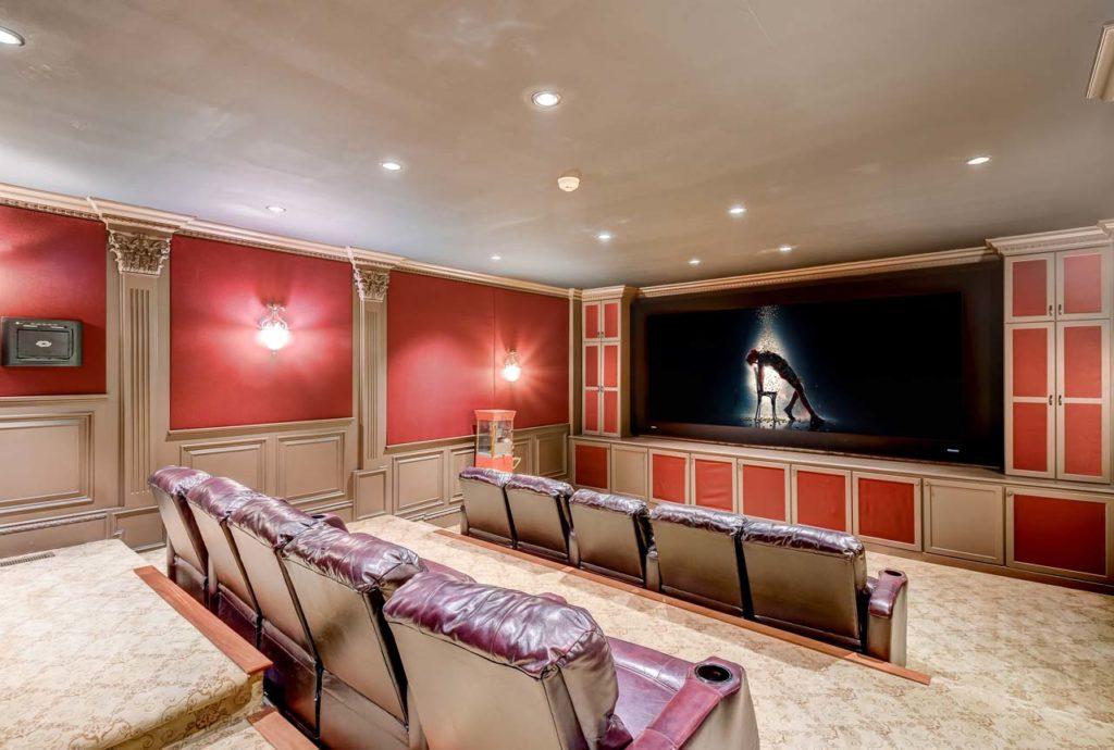 031_Theater