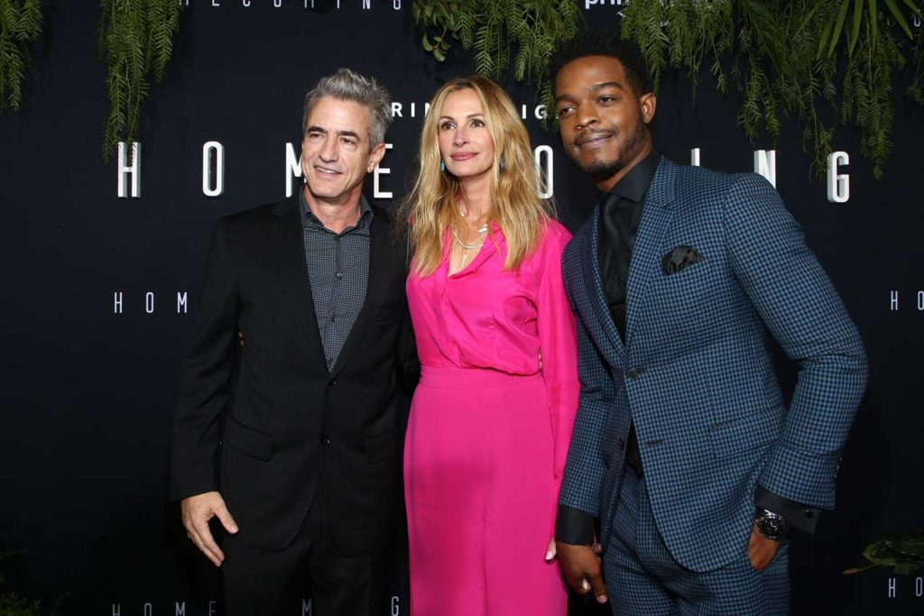 Dermot Mulroney, Julia Roberts and Stephan James