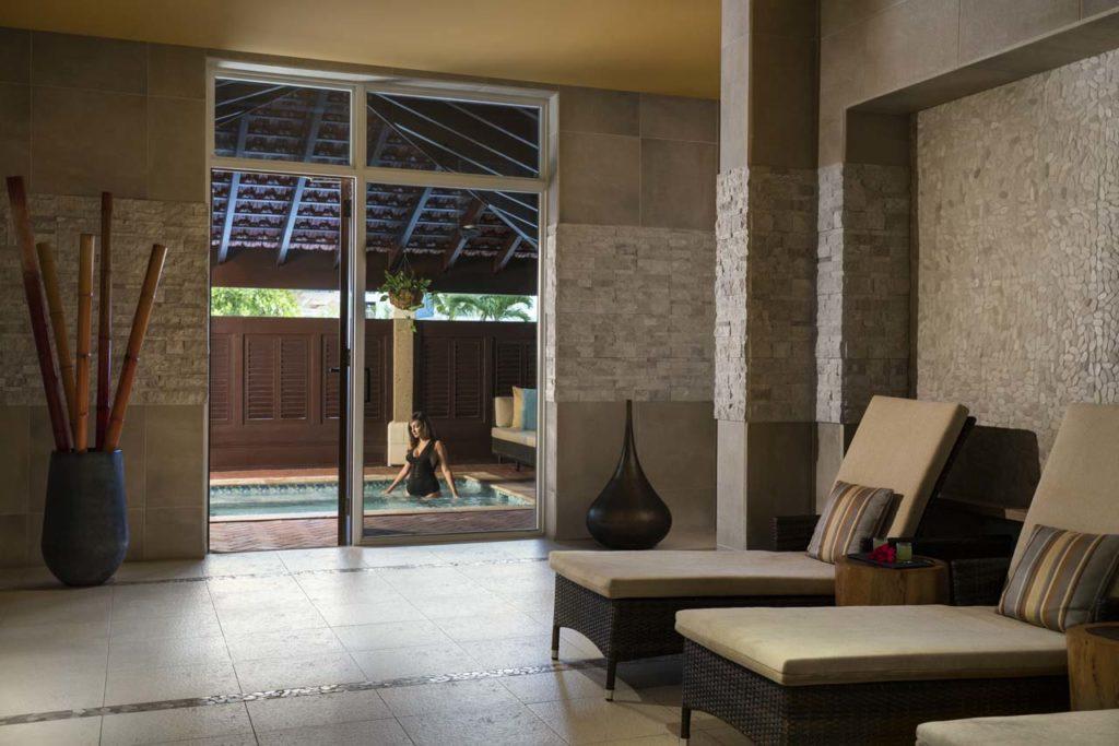 Where to Stay-Ritz Carlton Aruba