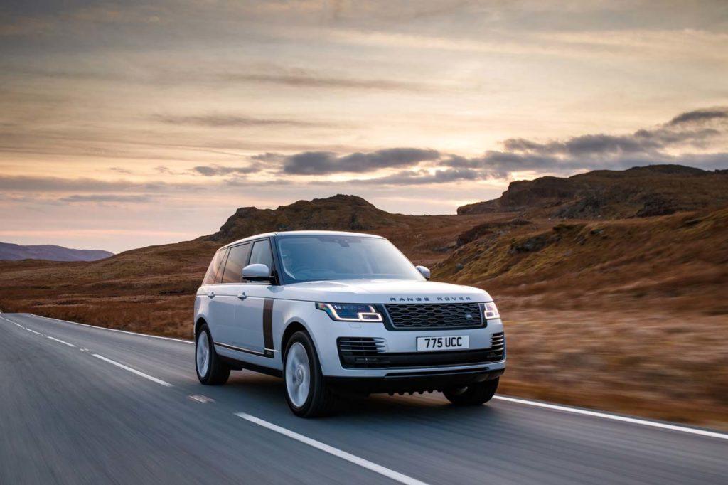 range-rover-autobiography-p400e-lwb-2018-front-al
