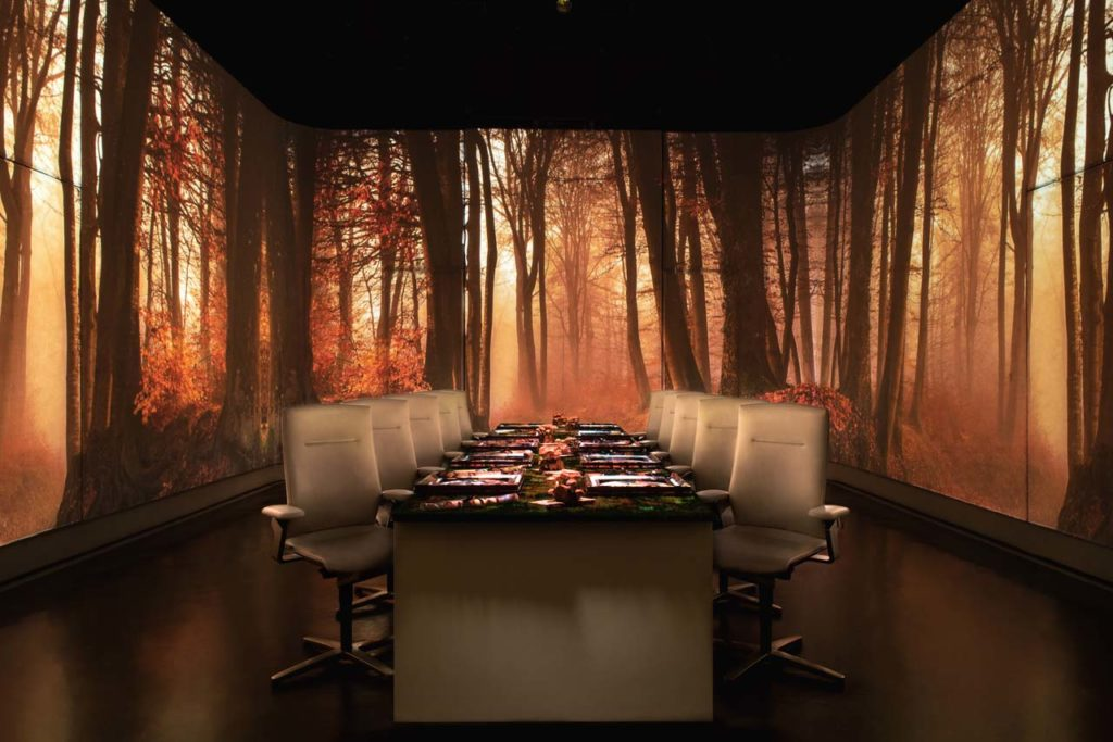 DINE AND DRINK-Ultraviolet by Paul Pairet-UV ROOM-WOODS AUTUMN photo Scott Wright