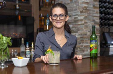 Final Danielle Mixologist 618 Restaurant_001