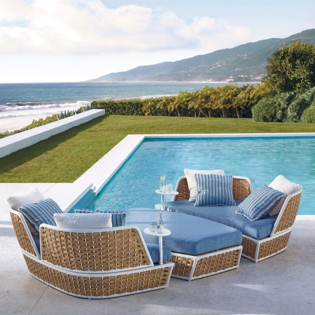 RAVELLO OASIS DAYBED & OTTOMAN WITH CUSHIONS
