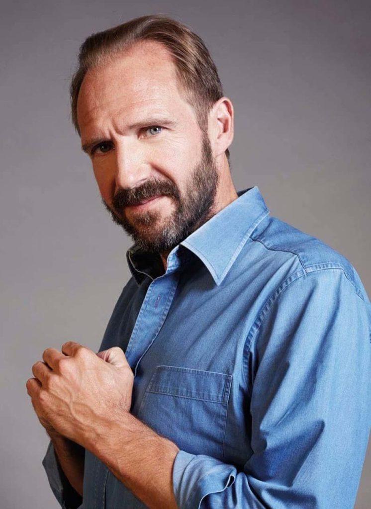 Ralph-Fiennes-Goes-Off-Script_1