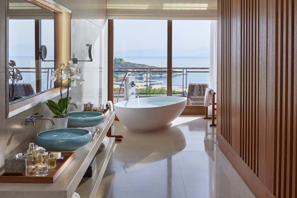Mandarin Oriental-bodrum-suite-aegean-bathroom-01