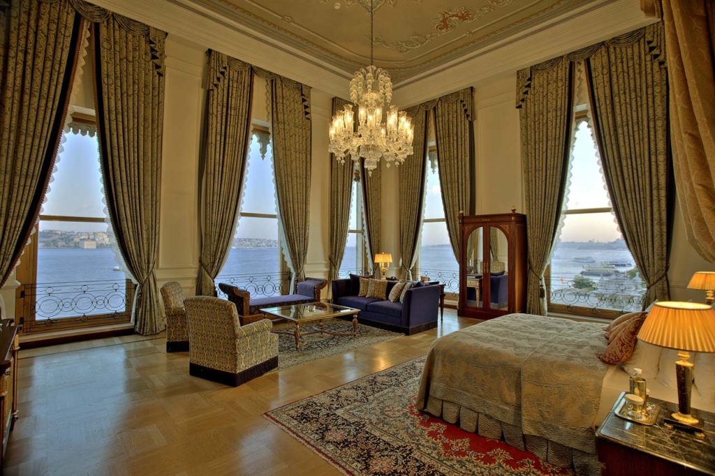 WHERE TO STAY_Ciragan Palace Kempinski -Sultan suite guest bedroom