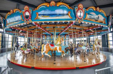 Carousel09