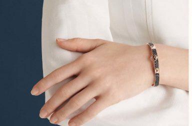 collier-de-chien-bracelet-small-model--218407B 00-worn-2-50-0-1280-1280_b