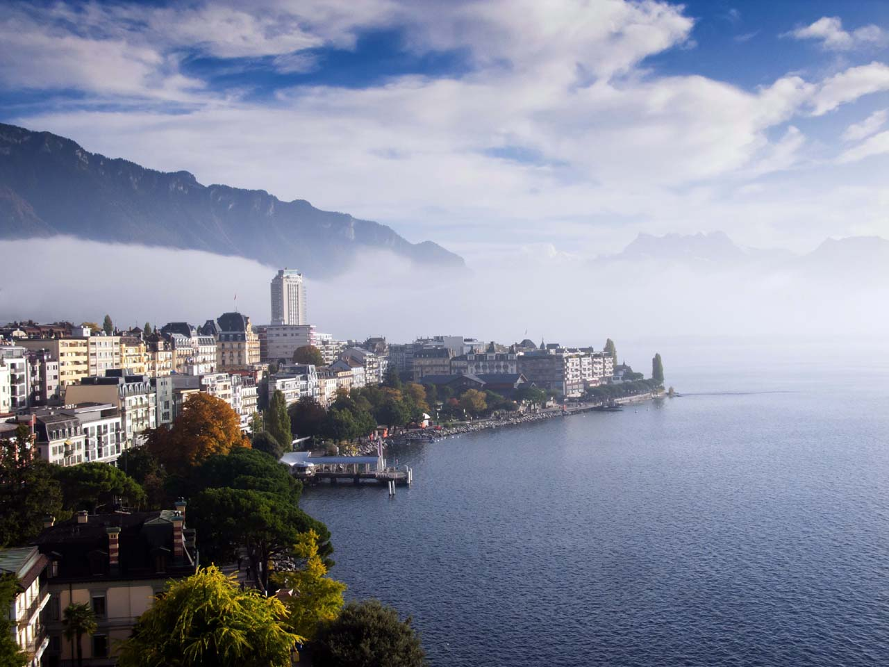 Montreux-shutterstock_544222267